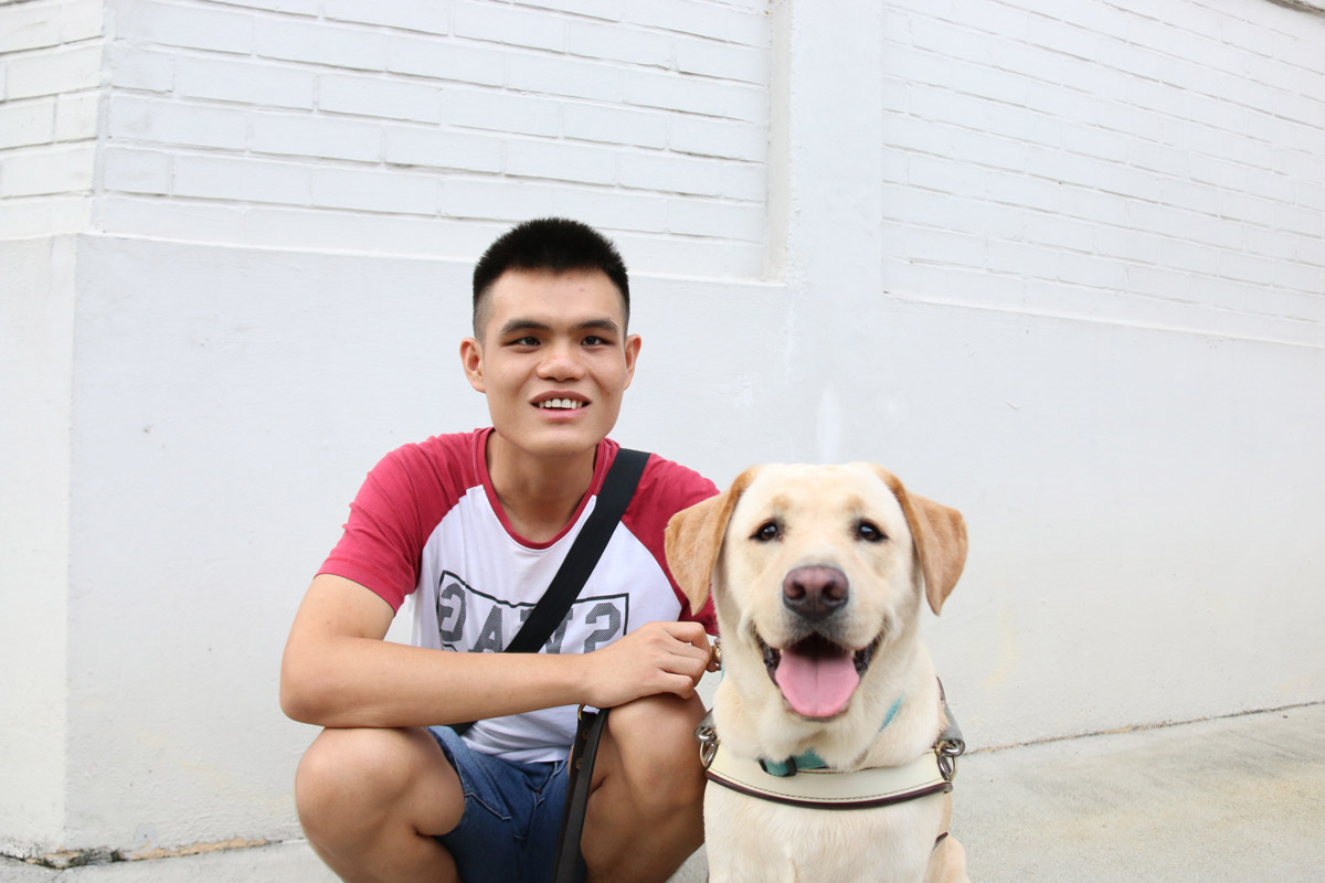 Guide Dogs Singapore Special: Meet Service Dog Clare and Handler Hong Sen