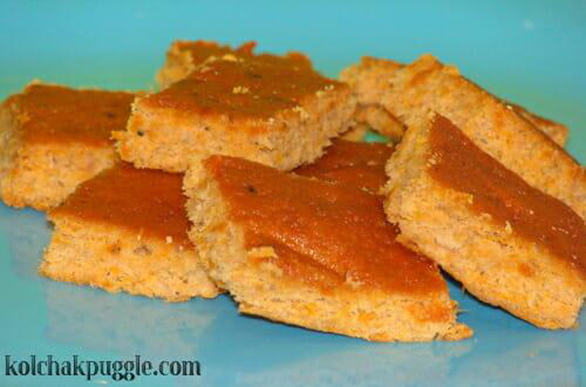 5 Simple Baked Dog & Cat Treats That You Can DIY at Home